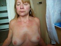 sarah sucking cock