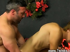 Twink video Patrick Kennedy catches hunky muscle boy Santa d