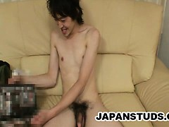 Japanese stud Kazushi Tazawa gets his ass teased before he