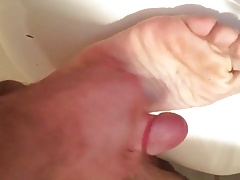 Cumming on my soles