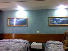 culona de pelo blanco cogiendo en el hotel