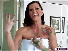 Hot bous girls Karmen and her stepmom shares one cock at the shower
