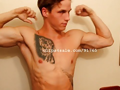 Muscle Fetish - Aaron Flexing Part6 Video1