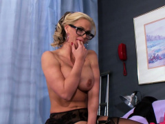 milf doctor Phoenix Marie takes any dick any time