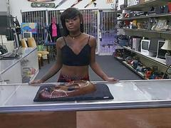 Black girl sells her stuff and fucked