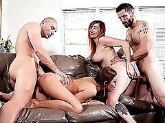 Foursome fucking with a pair of big ass chicks