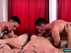 Big dick twink foursome and facial