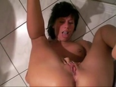 self pee - she urinates in her mouth