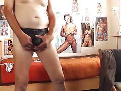 sexy schwarzer wetlook string