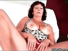 Solo mature with sexy tan lines masturbates