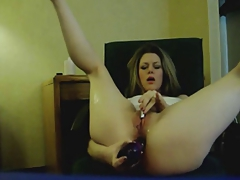 Toying And Squirting On Cam